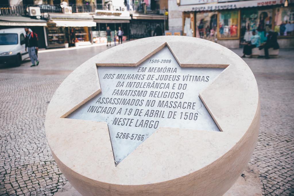 alt_monumento_masacre_-pascua_lisboa